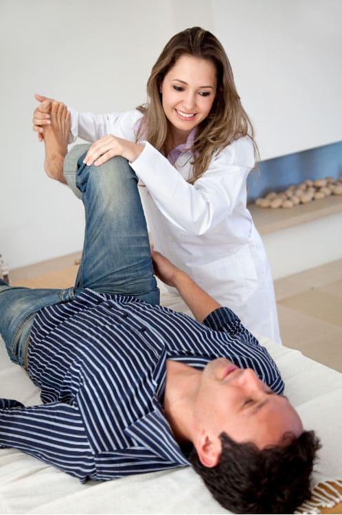 פיזיותרפיה לטיפול בכאבי ברכיים